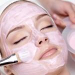 Зимний уход за лицом: питательная маска для сухой увядающей кожи в домашних условиях