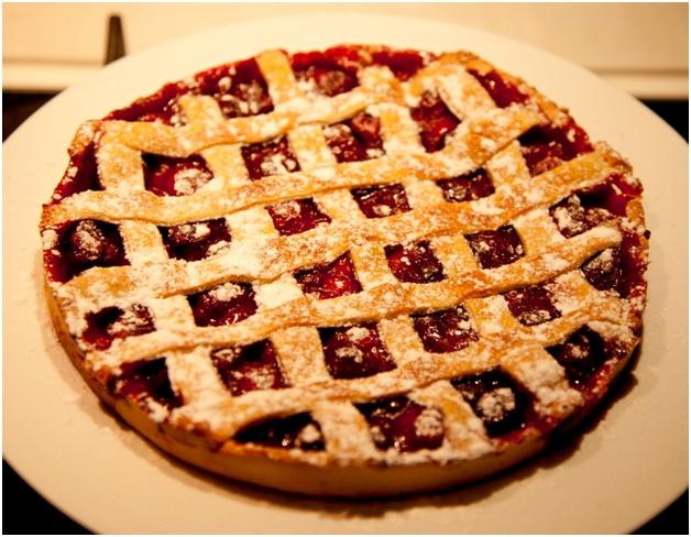 классический вишневый пирог