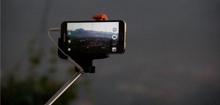 Подключение монопода к смартфону