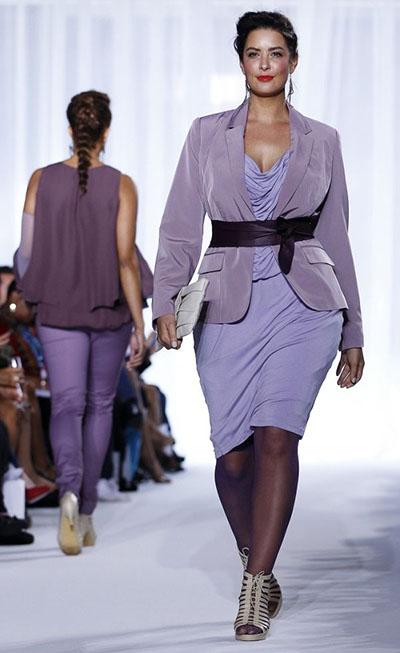 Стильные платья для пышных женщин. Тренды 2014-201 года