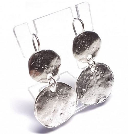 Серебро в тренде: модные украшения 2015