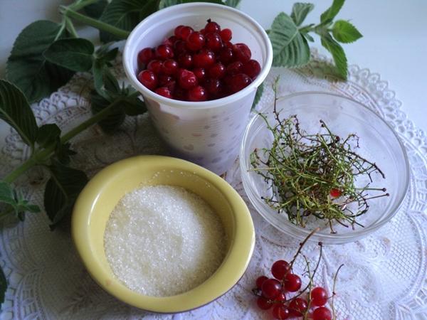 Как заморозить красную смородину